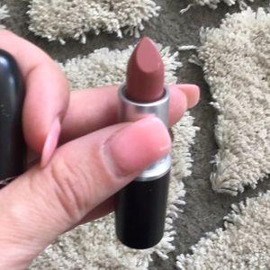 MAC Cosmetics Makeup - MAC Matte Lipstick: Velvet Teddy